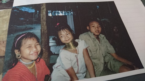タイ、首長族の村