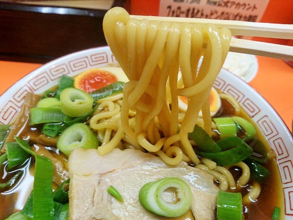 麺屋7.5Hz+ 梅田店