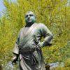 【東京】上野公園の西郷隆盛像が庶民姿で犬の散歩してるのはナゼ?